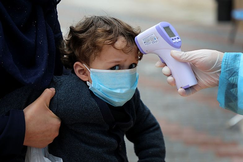 Niebezpieczne powikłania po COVID-19 u dzieci. Lekarze proszą o czujność