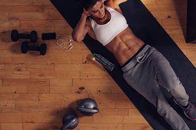 Ćwiczenia ABS – charakterystyka, praca mięśni, zestaw ćwiczeń