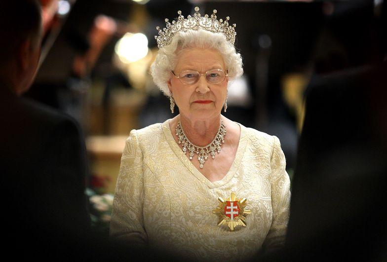 Kolejny cios w serce królowej Elżbiety. Dowiedziała się w dniu pogrzebu