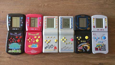 Brick Game — kultowa konsola przenośna z lat dziewięćdziesiątych. Wspomnienia 39-latka