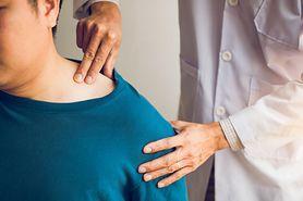 Ból obojczyka – najczęstsze przyczyny i leczenie
