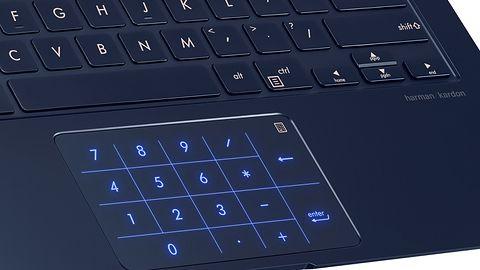 Laptop ASUS ZenBook 14 trafił do sklepów. W gładziku ukryto klawiaturę numeryczną