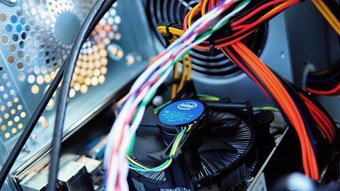 Holenderscy badacze: Intel zaproponował nam łapówkę, abyśmy nie ujawnili luki Ridl