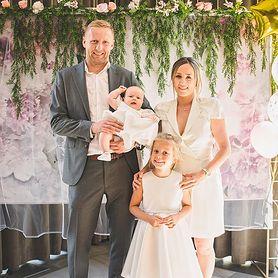 Marta Glik opublikowała zdjęcia z chrztu córki Valentiny. Jaka piękna rodzina!