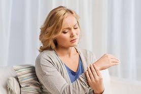Złamania przeciążeniowe – przyczyny, objawy i leczenie