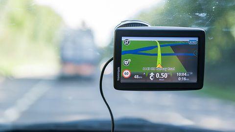 Najlepsza nawigacja samochodowa – jaką warto wybrać?
