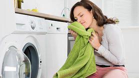 Prosty sposób na pachnące ręczniki. Wyeliminuj jeden błąd (WIDEO)