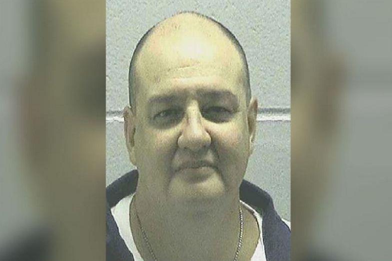 Skazany na śmierć błaga, by pozwolono mu stanąć przed plutonem egzekucyjnym