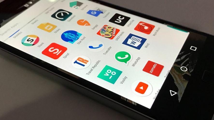 Google Sklep Play i szpiegowska aplikacja, którą pobrało już ponad 100 mln osób
