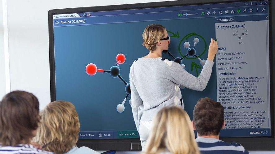 Przyszłość jest teraz. Interaktywne monitory Newline zmieniają naukę i organizację pracy