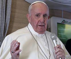 """""""Potwór, który pożera ludzkość"""". Porażająca relacja papieża Franciszka"""
