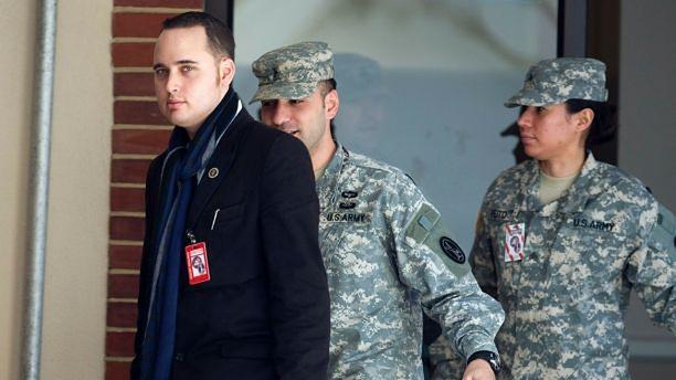 Adrian Lamo został aresztowany w 2004 roku za włamanie do The New York Times i Microsoftu. (Reuters)