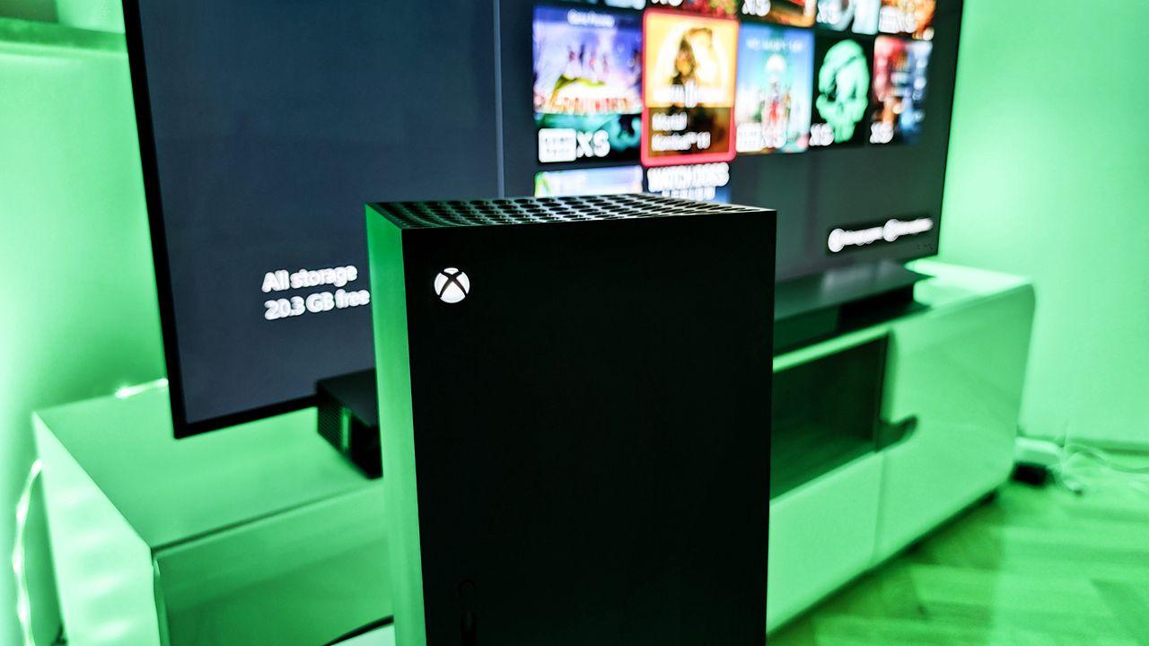 Xbox Series X|S podwoi płynność gier. FPS Boost zrobi skok z 30 do 60 FPS