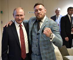 Rosja. Władimir Putin dostał whisky od gwiazdora MMA. Reakcja ochrony bezcenna