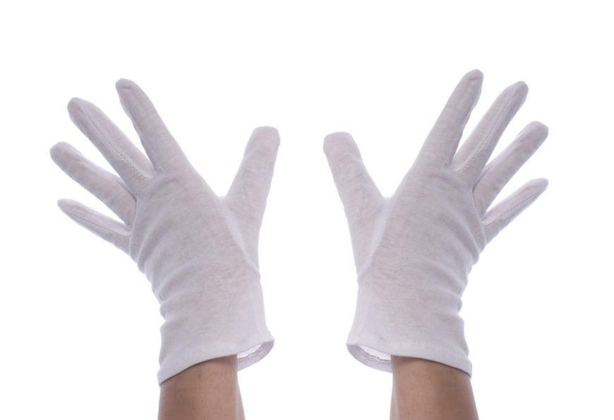 Śpij w rękawiczkach