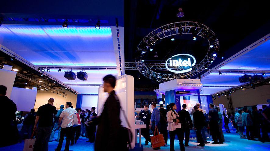 Stoisko firmy Intel na targach z depositphotos