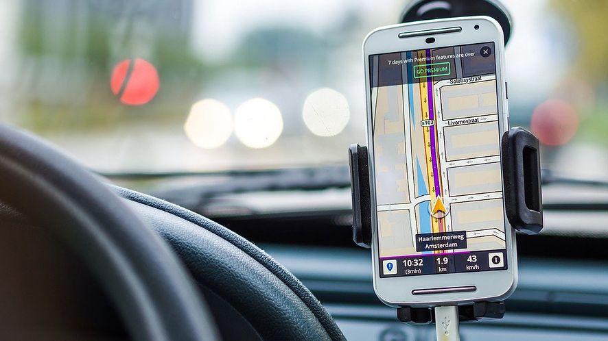Szukamy najlepszej nawigacji GPS do smartfonu z Androidem