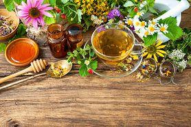 Ziołowe herbaty odchudzające własnej roboty