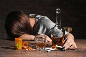 Depresja alkoholowa – rodzaje, objawy i leczenie
