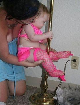 Przekonaj się, jak nieodpowiedzialne potrafią być niektóre matki
