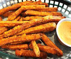 Przepis na frytki z batatów. Słodka i smaczna przekąska na każdą porę dnia