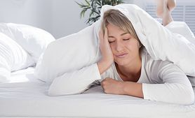 Przyczyny nocnych potów (WIDEO)