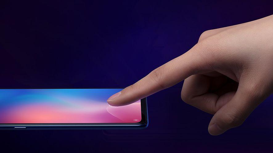 Xiaomi Mi 9 z czytnikiem linii papilarnych w ekranie, źródło: forum MIUI