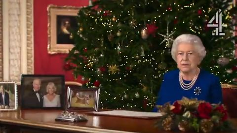 """Deepfake w telewizji Channel 4. Królowa Elżbieta II i """"alternatywne życzenia"""""""