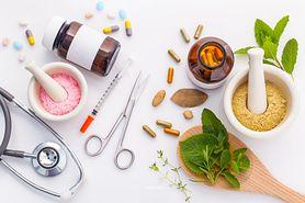 Niebezpieczne interakcje leków z suplementami ziołowymi