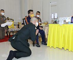 Dowódca armii padł na kolana. Zdjęcia z Tajlandii obiegły świat