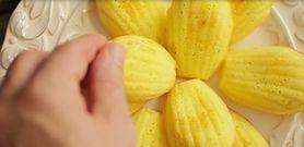 Przepis na magdalenki - francuskie ciasteczka maślane (WIDEO)