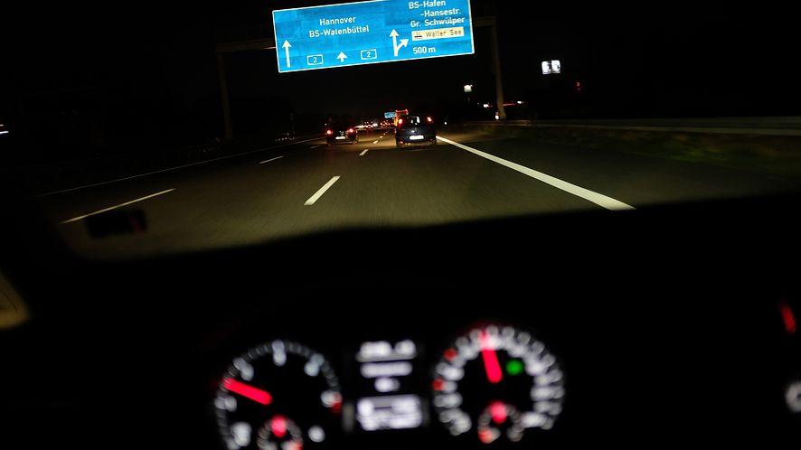 """Mapy Google dostaną """"warstwę"""" z oświetleniem dróg, fot. Getty Images"""