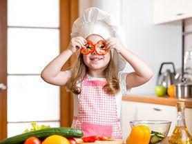 Dlaczego warto gotować dziecku na parze?