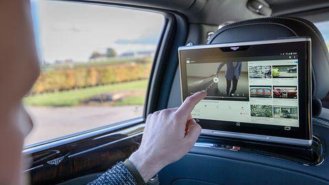 Co powinien oferować luksusowy samochód? Według Bentleya szybkie i bezpieczne Wi-Fi