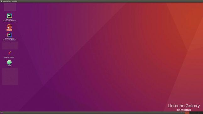Co ciekawe, zaprezentowane w filmie Ubuntu nie korzysta z GNOME Shell, lecz z lekkiego środowiska przypominającego GNOME Classic.