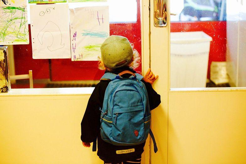 Powrót do szkoły. Przeczytaj, zanim kupisz tornister dla dziecka!