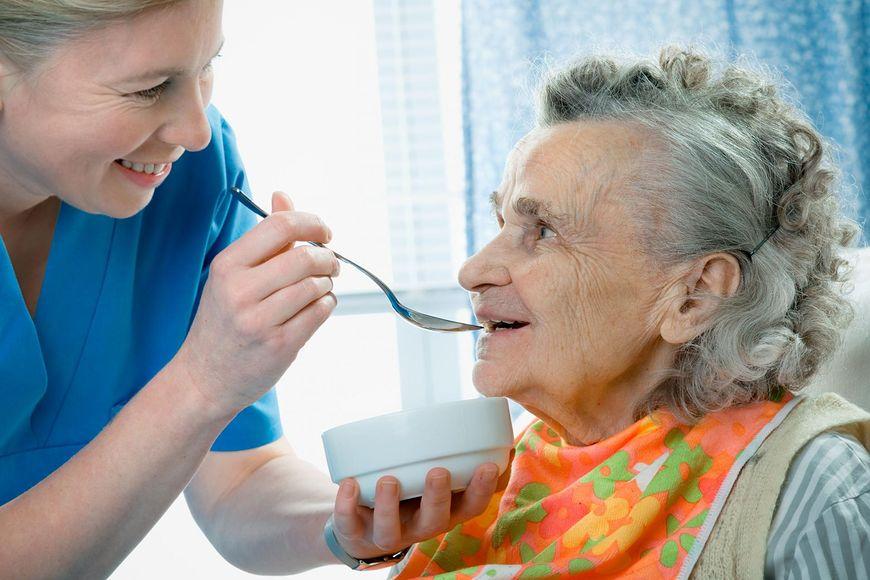 Choroba Alzheimera występuje najczęściej u osób po 65. roku życia