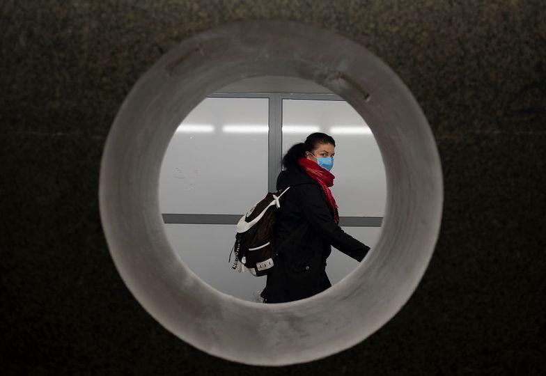 Nie zanosi się na szybkie odejście pandemii koronawirusa