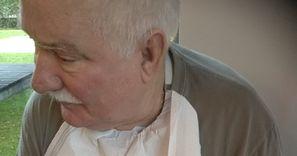 Wałęsa pokazał, co je na śniadanie. Internauci: boli, ale dla zdrowia warto