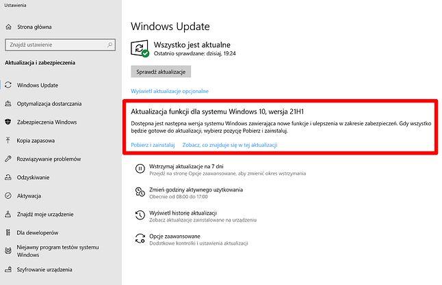 Windows 10 21H1 jest już dostępny do pobrania w niektórych komputerach.