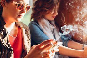 Palenie powoduje jaskrę i inne choroby oczu