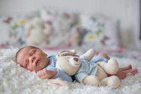 9 miesięczne dziecko - rozwój fizyczny, pielęgnacja