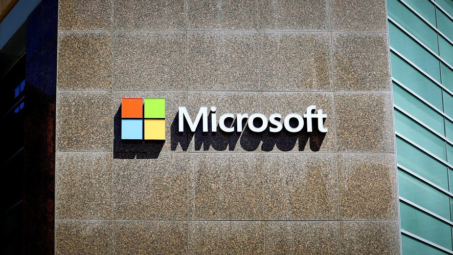 Microsoft załatał już poważną lukę w aplikacji Teams, fot. Raymond Boyd/Getty Images