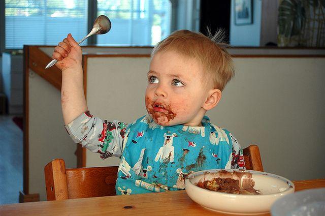 Dziecko w czasie obiadu