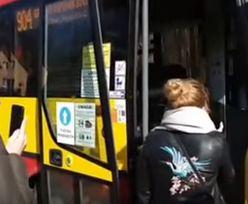 Kierowca autobusu wyrzucił pasażera, bo nie miał maseczki. Nagranie z Wrocławia