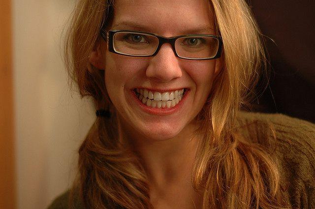 Zmiana kolorytu zębów wraz z wiekiem