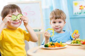 Okulary dla dzieci – przyczyny osłabienia wzroku, wskazania, alternatywne rozwiązania