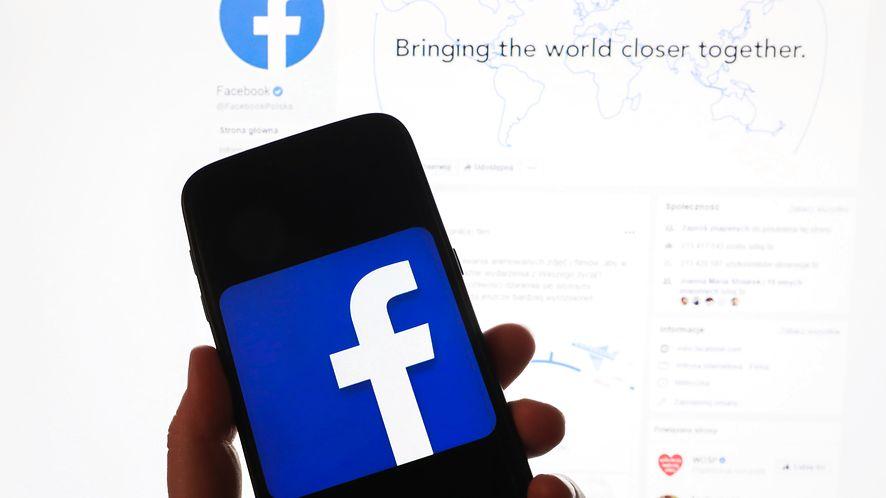 Facebook tłumaczy, jak szkoli SI, fot. Getty Images