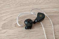 Custom Art FIBAE Black - personalizowane słuchawki polskiej firmy