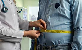 Gruby brzuch – przyczyny, sposoby na gruby brzuch, błędy w ćwiczeniach na gruby brzuch